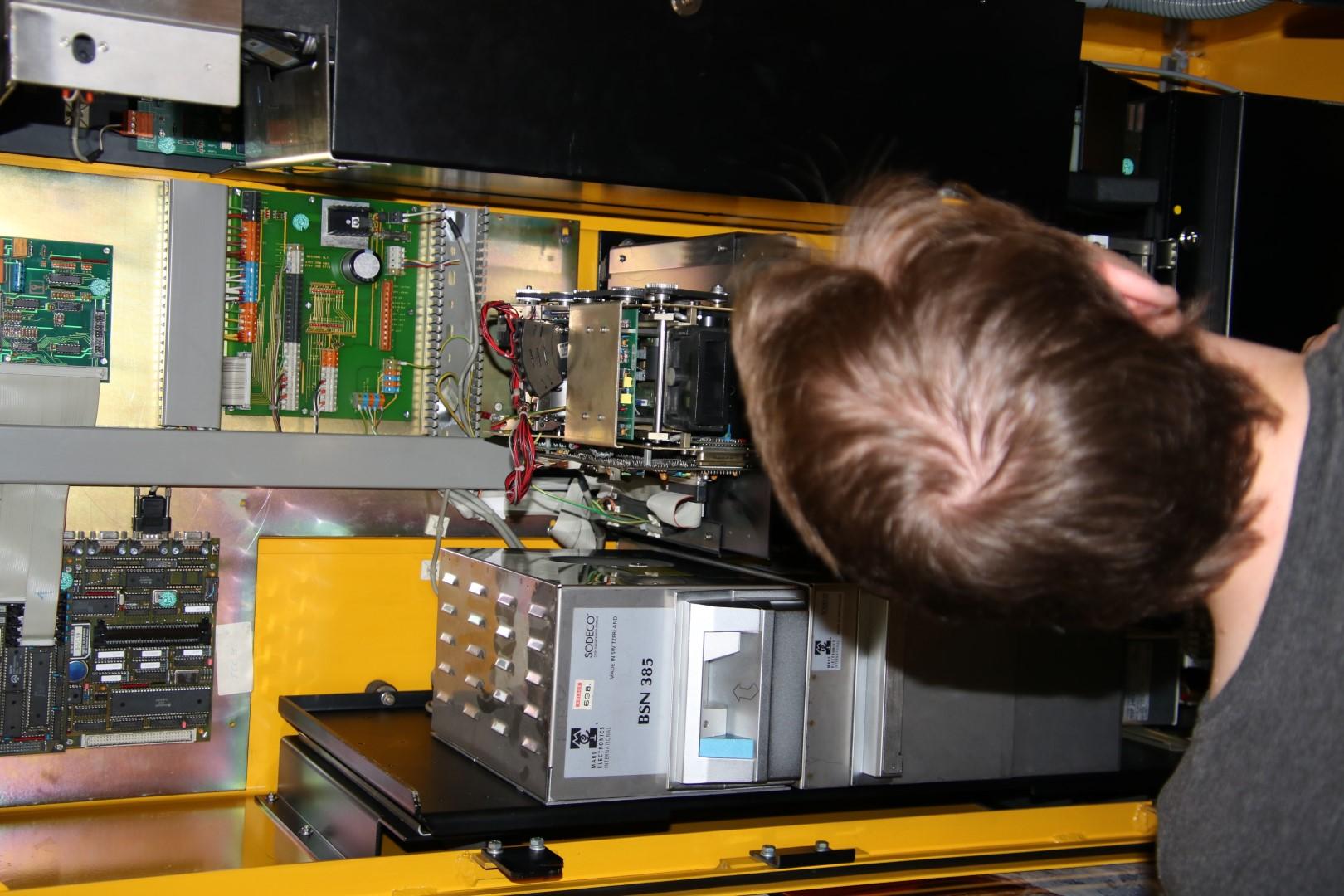 Automatenfachmann/-Frau - Automatendienstleistung